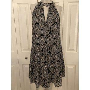 Laundry Black & White Sleeve Less Less Flowy Dress Size 6
